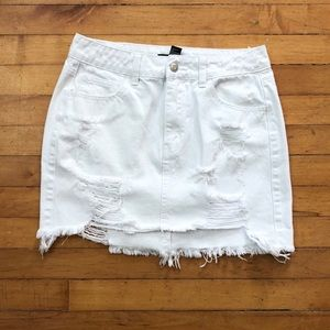 ✨FOREVER 21✨ White Denim Skirt